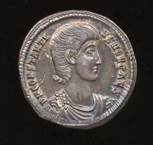 Obverse image of a coin of Constantius Gallus