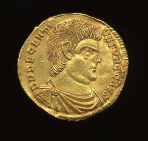 Obverse image of a coin of Decentius