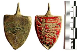 Image of a medieval harness pendant found in Buckinghamshire (BUC-5D331E). Copyright: Buckinghamshire County Museum, CC-BY Licence.