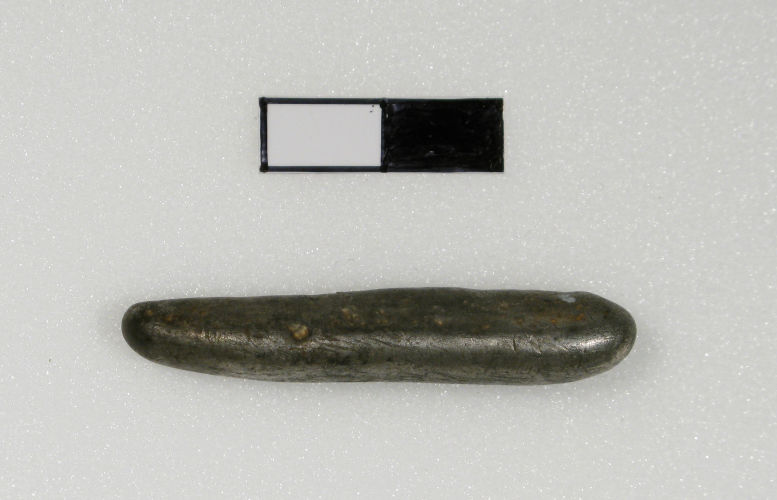 Viking silver ingot (WMID-9F9B50). Copyright: Derby Museums Trust. License: CC-BY.