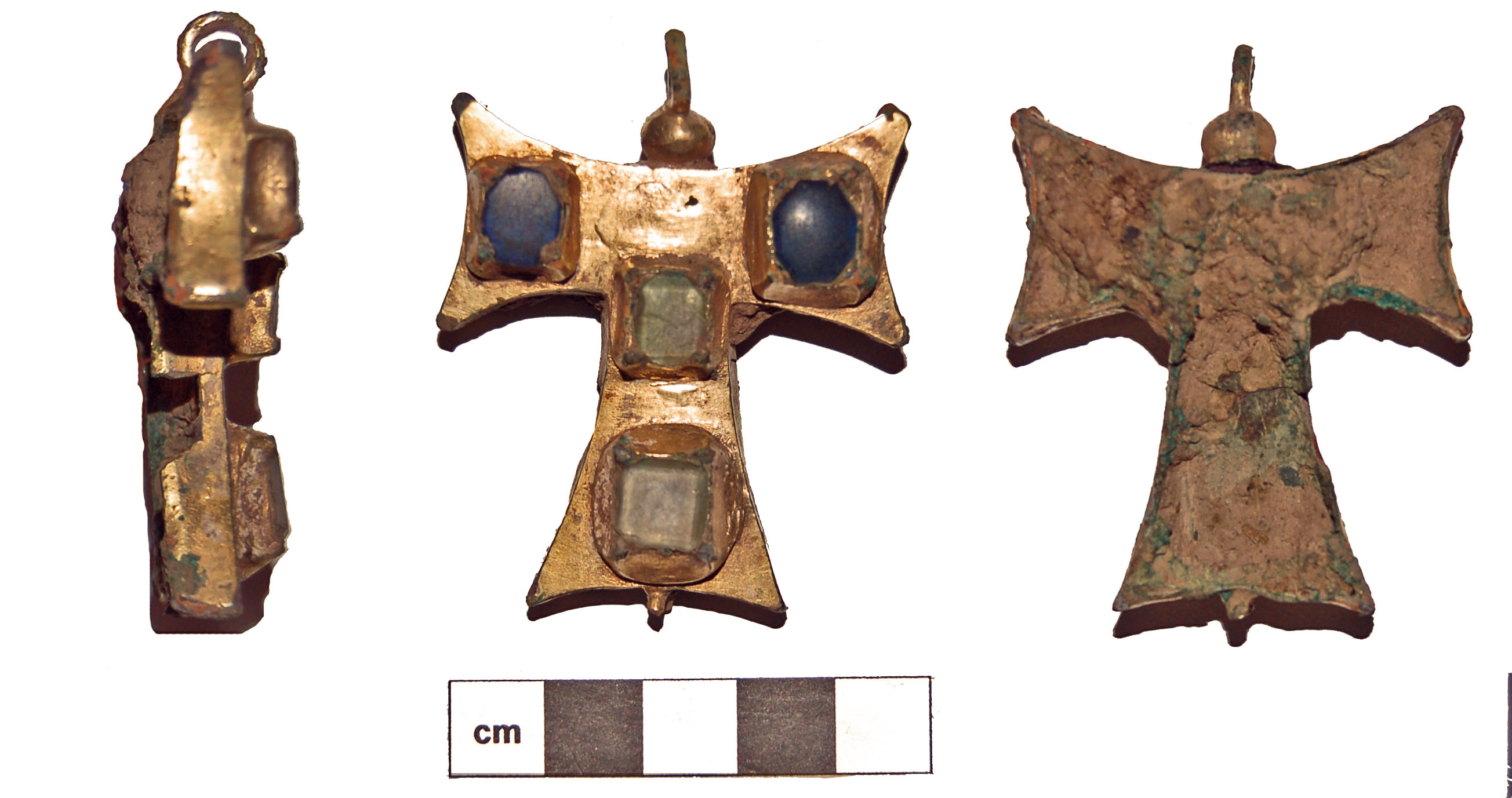 Tau cross from East Devon (DEV-4EAD04). Medieval copper alloy reliquary pendant dating from 1400-1500 AD.