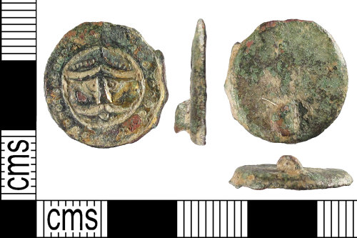 SUSS-EE599E: An incomplete Early-Medieval (Anglo-Saxon) copper-alloy and gilded button brooch (c. 450 - c. 550).