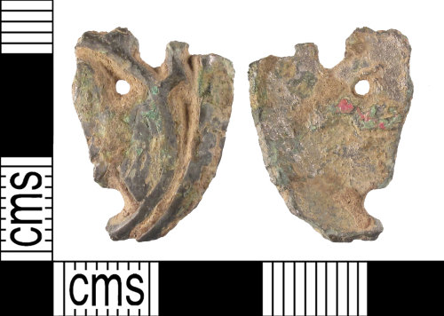 SUSS-265A10: Fragment of an early medieval stirrup mount, AD.950-1100.