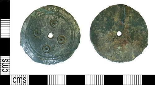 DUR-8F4A7E: Disc brooch