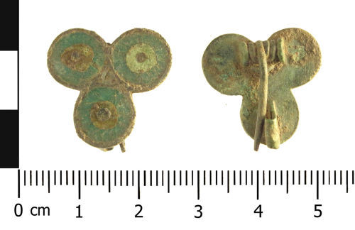 WAW-167535: Roman plate brooch (plan and reverse).