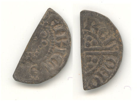 WAW-2EA613: Obverse and reverse of a Henry III cut halfpenny.