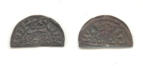 WAW-92D915: Obverse and reverse of a Wilton mint cut halfpenny.