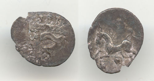 WAW-99B676: Obverse and reverse of an Iron Age unit.
