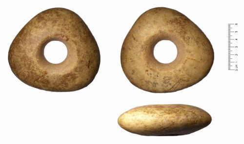 WAW-BA8194: Mesolithic to Neolithc Pebble Mace or Hammer (plan, reverse and profile).