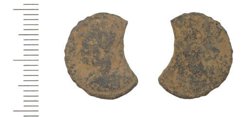 WAW-C3EFB5: Roman coin: copper alloy nummus of an unknown 4th century Emperor (Obverse and reverse).