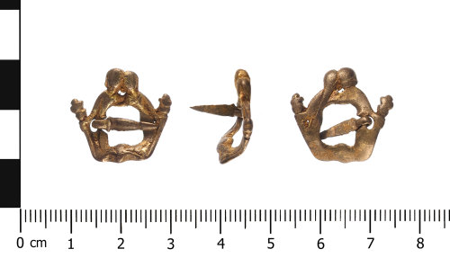 WAW-BD9DA8: Medieval brooch (plan, profile and reverse).