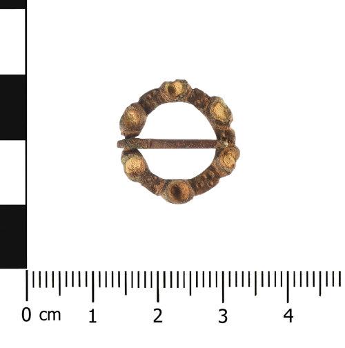 WAW-C5A87E: Medieval annular brooch (plan).