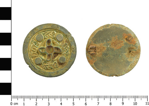 BERK-9AE538: Early-medieval brooch: Disc brooch