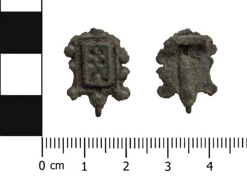 BERK-F55D7C: Post-medieval dress hook: Dress hook