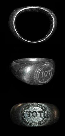 LIN-B34626: Roman silver finger ring