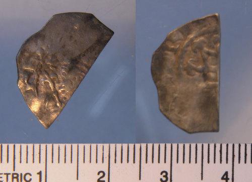 LIN-2E7F32: Medieval silver cut halfpenny