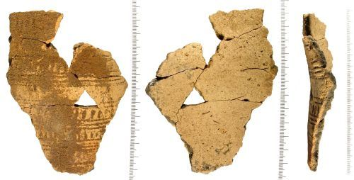 LIN-3D2A65: Bronze Age beaker fragments