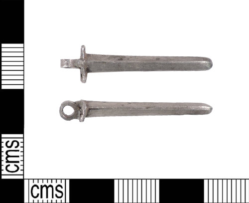 LIN-4D2641: Medieval silver pin