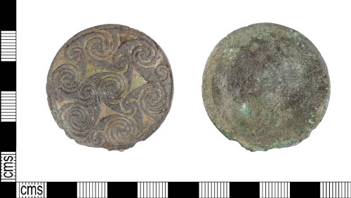 LIN-65EE1A: Early Medieval copper alloy escutcheon from a hanging bowl