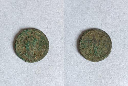BM-69F140: Roman coin: radiate of Tacitus