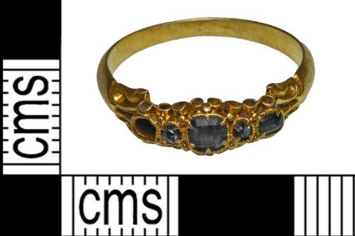 NCL-978235: Post medieval gold finger ring