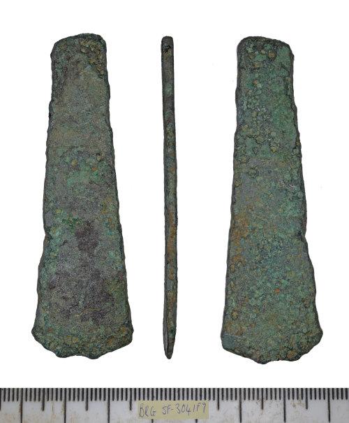 SF-3041F9: SF-3041F9: Bronze Age chisel
