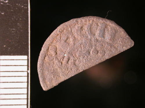 CORN-8CAF03: Medieval coin: short-cross cut halfpenny of John (obverse)