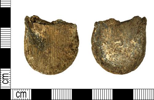 DENO-46C113: Medieval ampulla