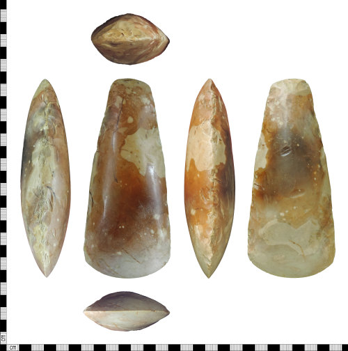 DENO-60CCE4: Neolithic polished axehead