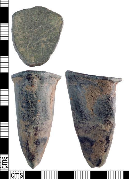 YORYM-EE7C21: Medieval to post-medieval : Vessel Leg