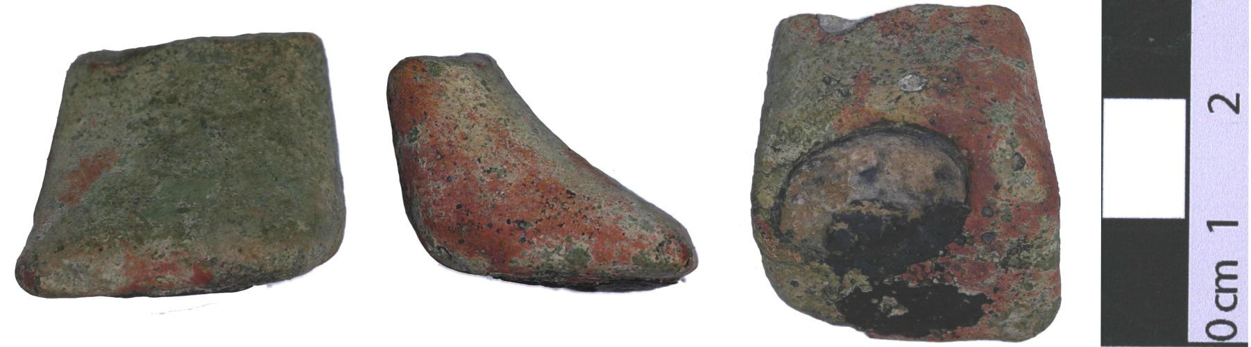 DOR-869351: 869351. Late medieval to Post-medieval vessel foot