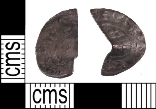 SUSS-12DC57: A Medieval silver short cross cut half penny of uncertain ruler.