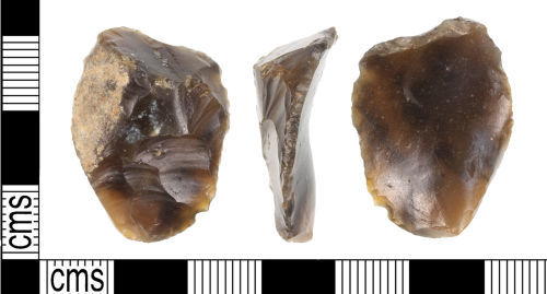 KENT-6D522D: A knapped flint thumb-nail scraper of probable Neolithic or Early Bronze Age date (c. 4000-1000 BC).