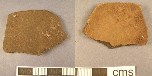 A resized image of Roman pottery sherd (obv., rev.)