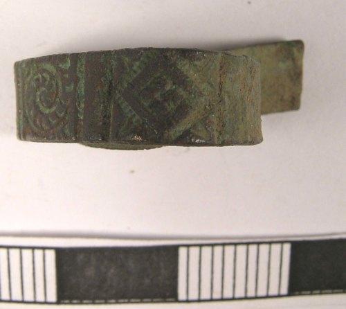 LANCUM-F49934: Sisland, Norfolk: Frgm. of cu-alloy bracelet