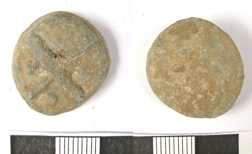 LANCUM-2CAC33: Medieval or Post-Medieval lead token (obv., rev.)