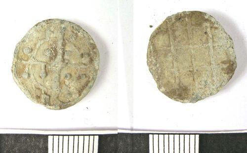 LANCUM-2CAF77: Medieval or Post-Medieval lead token (obv., rev.)
