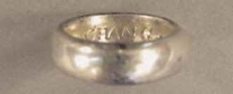 HESH-302E95: Silver-gilt finger ring