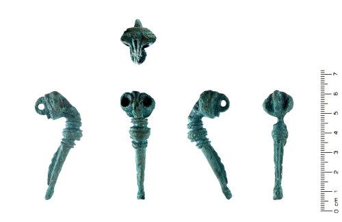 HESH-D1784E: Roman: Brooch