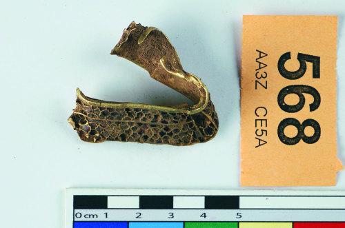 STAFFS-646466: A gold hilt collar