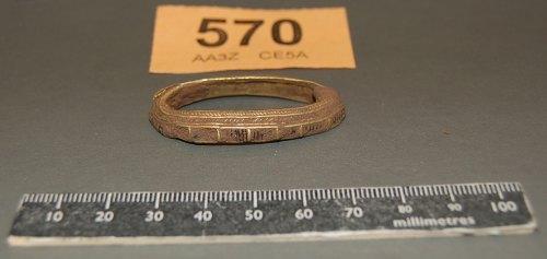 STAFFS-647B86: A gold hilt collar