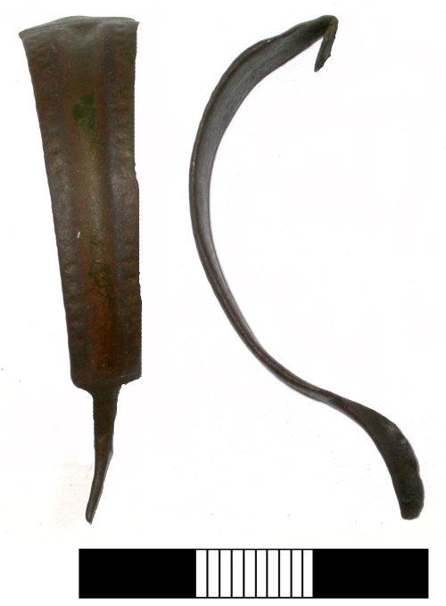 SUR-53F607: Iron Age: Brooch