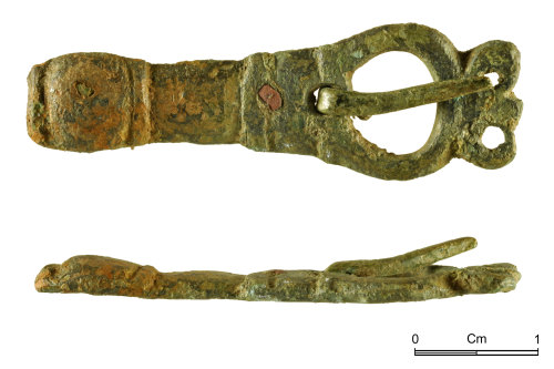 NMGW-6030C2: Medieval copper alloy buckle of oval frame and integral rigid plate type
