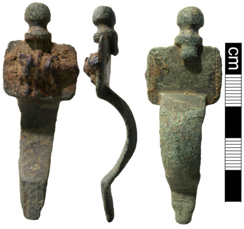 NMS-4E6515: Early Saxon brooch