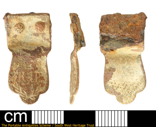 SOM-53C5AB: A Post-medieval fragment from a two-part handle from a drinking vessel