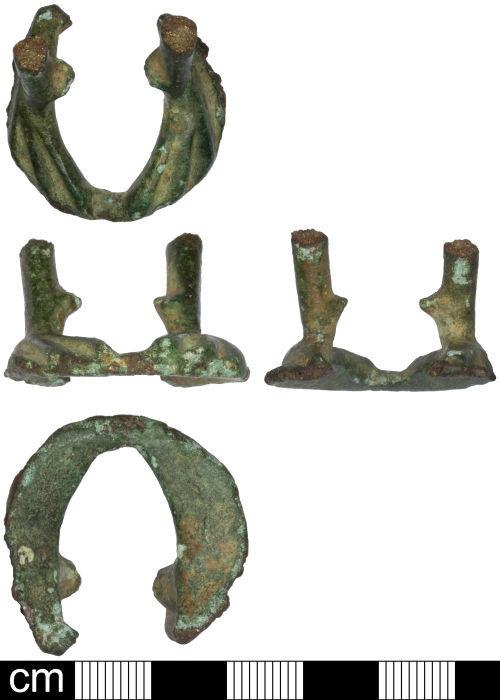 SOM-745EA2: Roman cockerel shaped vessel, probably an oil lamp