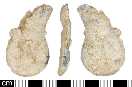 SOM-761DA2: Medieval ampulla