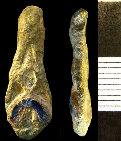 NMS-E2E8C2: Roman bow brooch