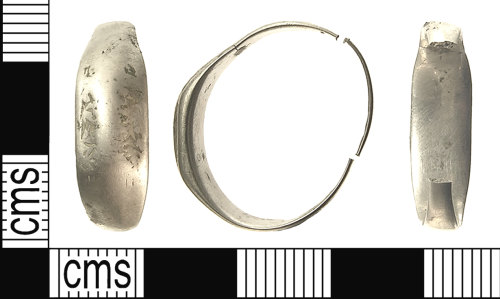 IOW-6D5A34: IOW-6D5A34 Medieval Iconographic Finger-ring. Treasure case no. 2012 T42