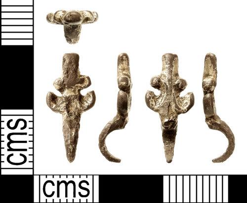 IOW-04E68E: Post-Medieval Dress-hook. Treasure case no. 2017 T546